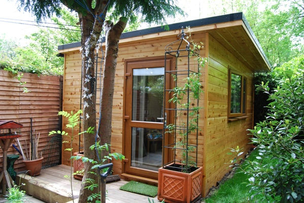 Green rooms sips kit self build garden room diy garden for Diy garden room